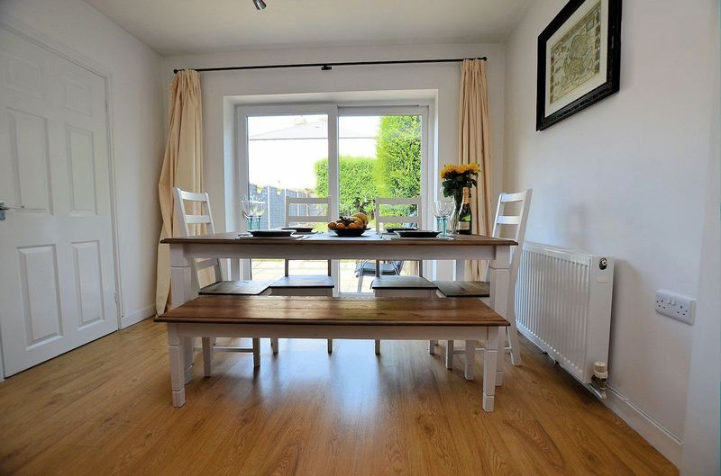 3 bed house for sale in Aubrey Road                   11