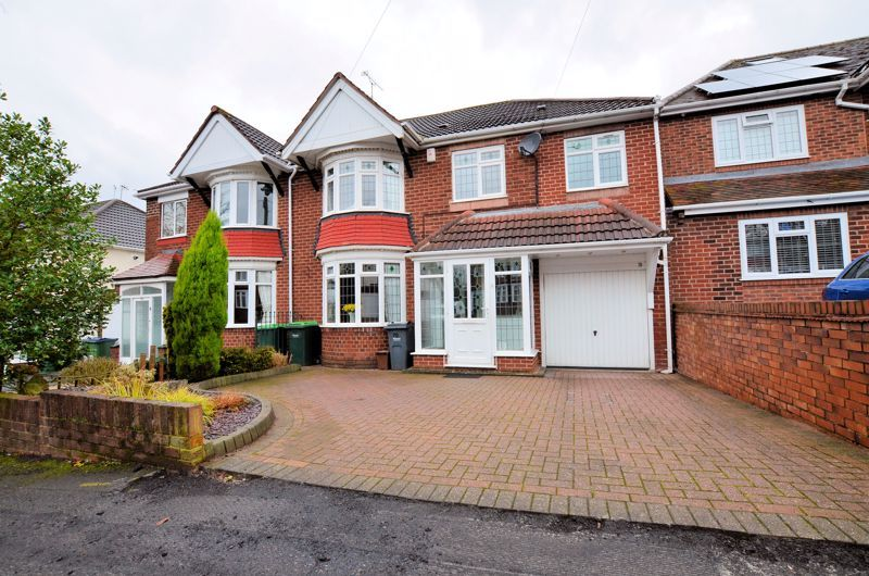 4 bed house for sale in Brandhall Road 1