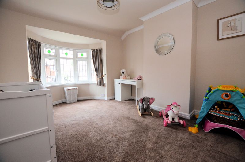 4 bed house for sale in Brandhall Road 12