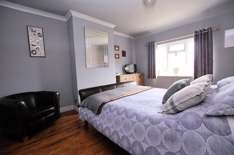 4 bed house for sale in Brandhall Road  - Property Image 13