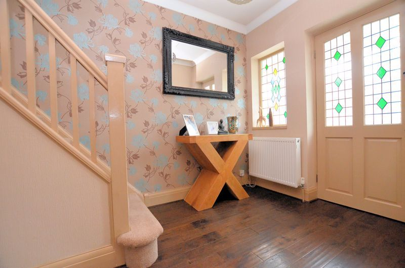 4 bed house for sale in Brandhall Road 18