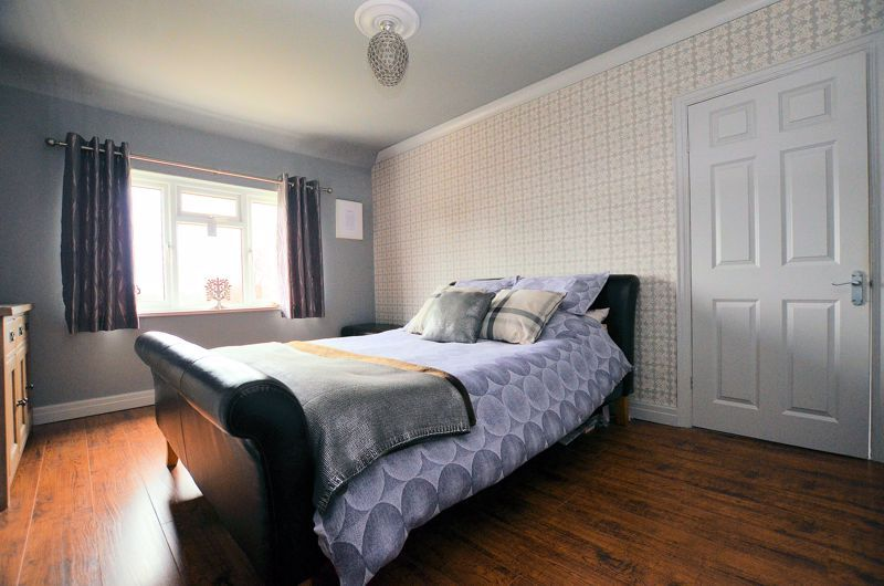 4 bed house for sale in Brandhall Road  - Property Image 6