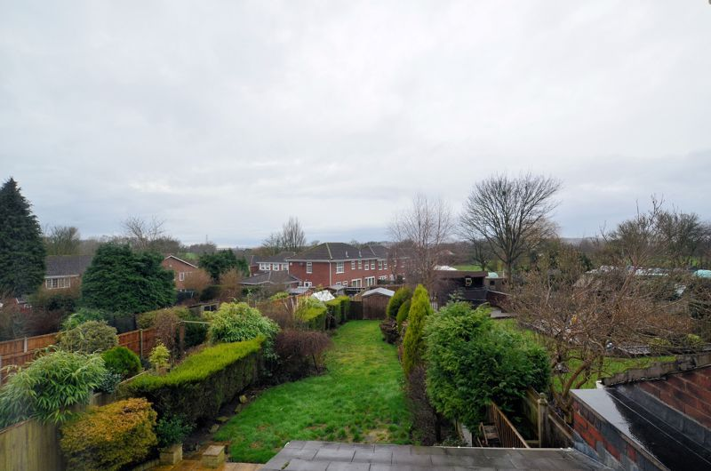 4 bed house for sale in Brandhall Road  - Property Image 9