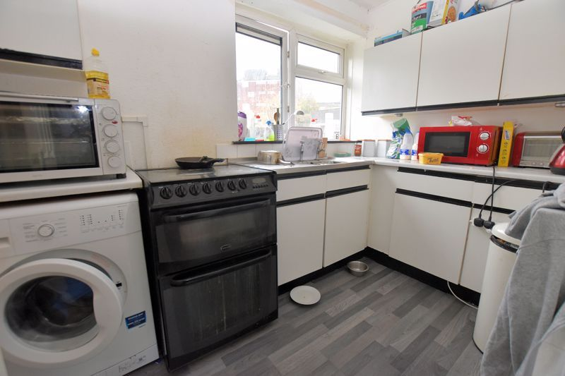 1 bed flat for sale in Gorsly Piece 2