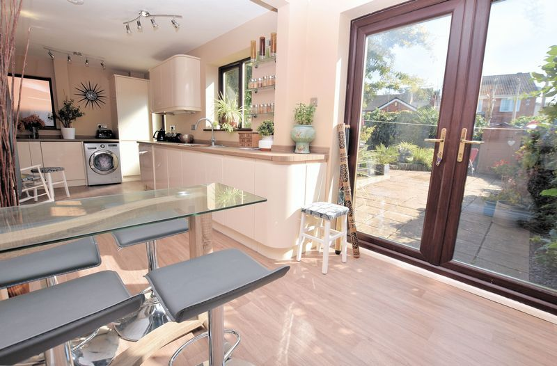 3 bed house for sale in Owens Way 2
