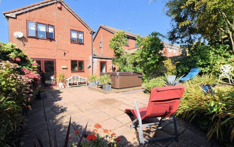 3 bed house for sale in Owens Way 15