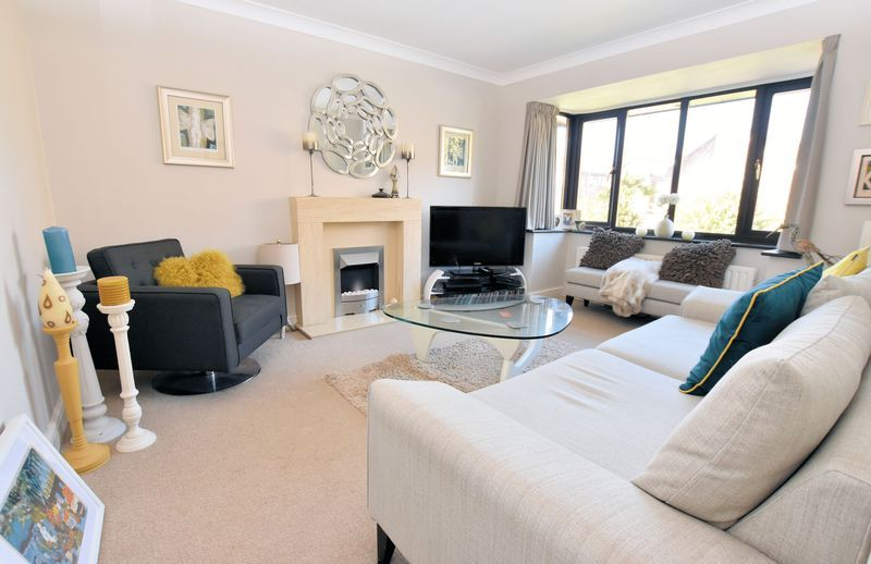 3 bed house for sale in Owens Way 3