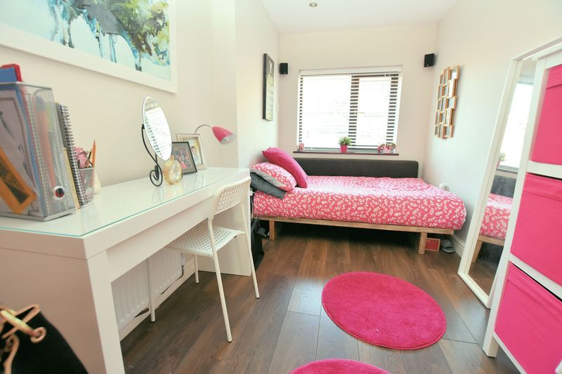 3 bed house for sale in Owens Way  - Property Image 7