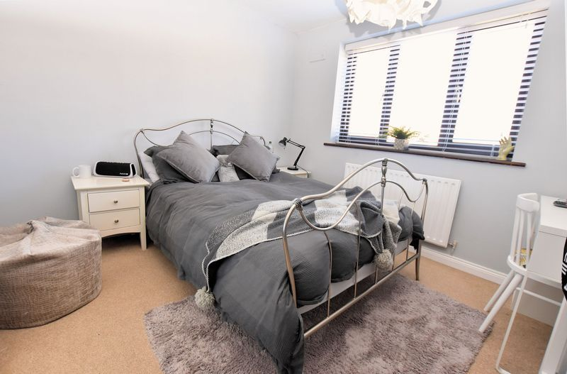 3 bed house for sale in Owens Way  - Property Image 9