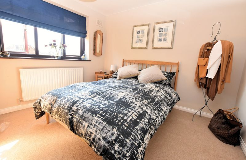 3 bed house for sale in Owens Way 10