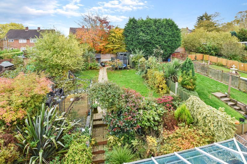 4 bed house for sale in Cornwall Avenue  - Property Image 19