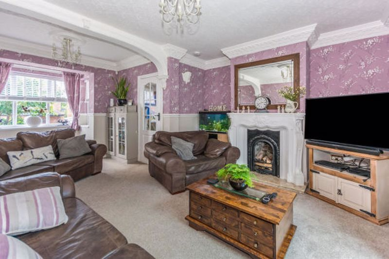 4 bed house for sale in Cornwall Avenue 5