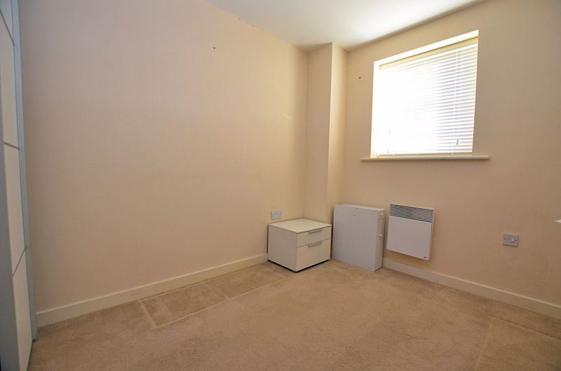 2 bed flat for sale in Kinsey Road  - Property Image 9