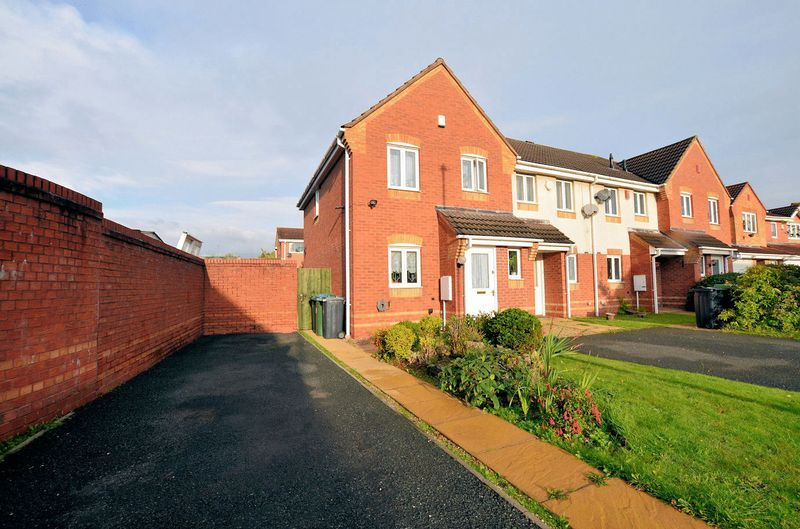 3 bed house for sale in Clay Lane 1