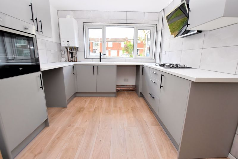 3 bed house for sale in Rutters Meadow 7