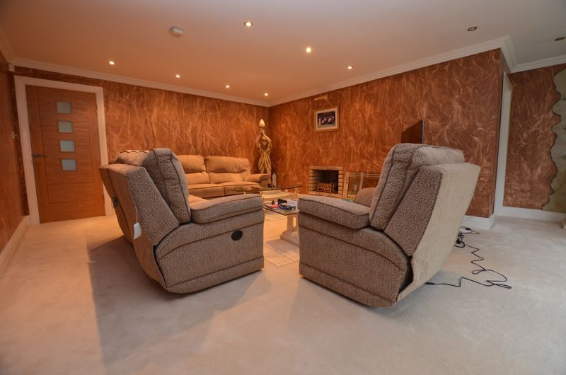 6 bed house for sale in Croftdown Road  - Property Image 11