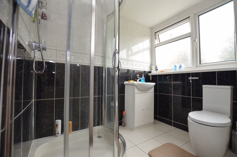 6 bed house for sale in Croftdown Road 14