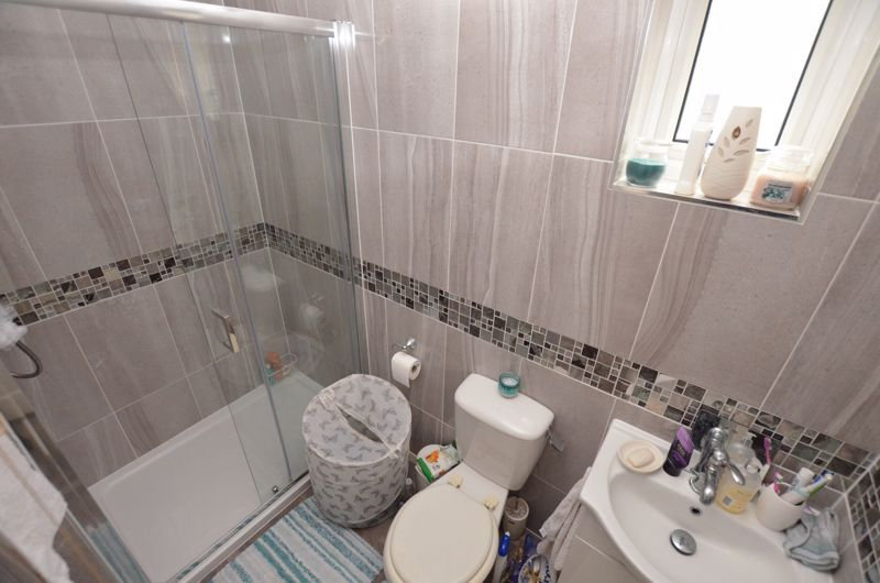 6 bed house for sale in Croftdown Road 19