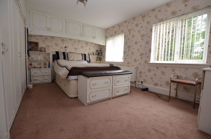 6 bed house for sale in Croftdown Road 9