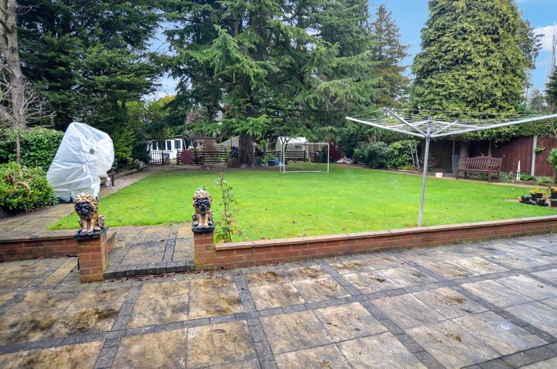 6 bed house for sale in Croftdown Road 10