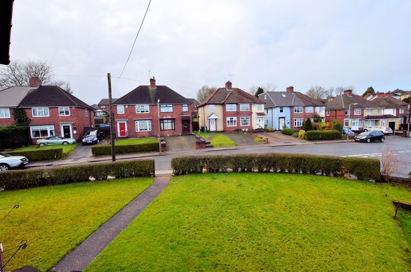 3 bed house for sale in Edmonds Road 8