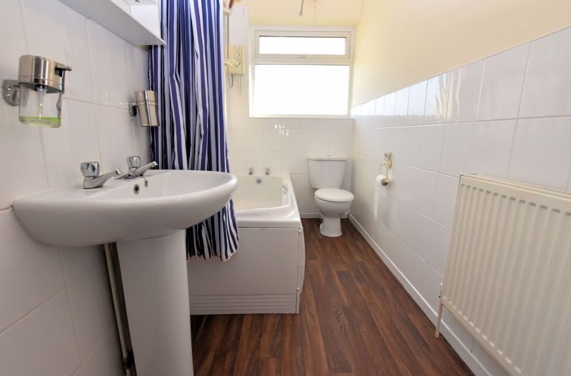 3 bed house for sale in Nimmings Road 10