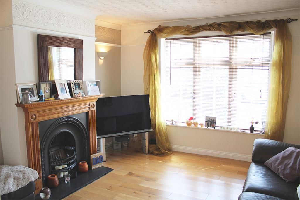 2 bed cottage for sale in Blackwater  - Property Image 6
