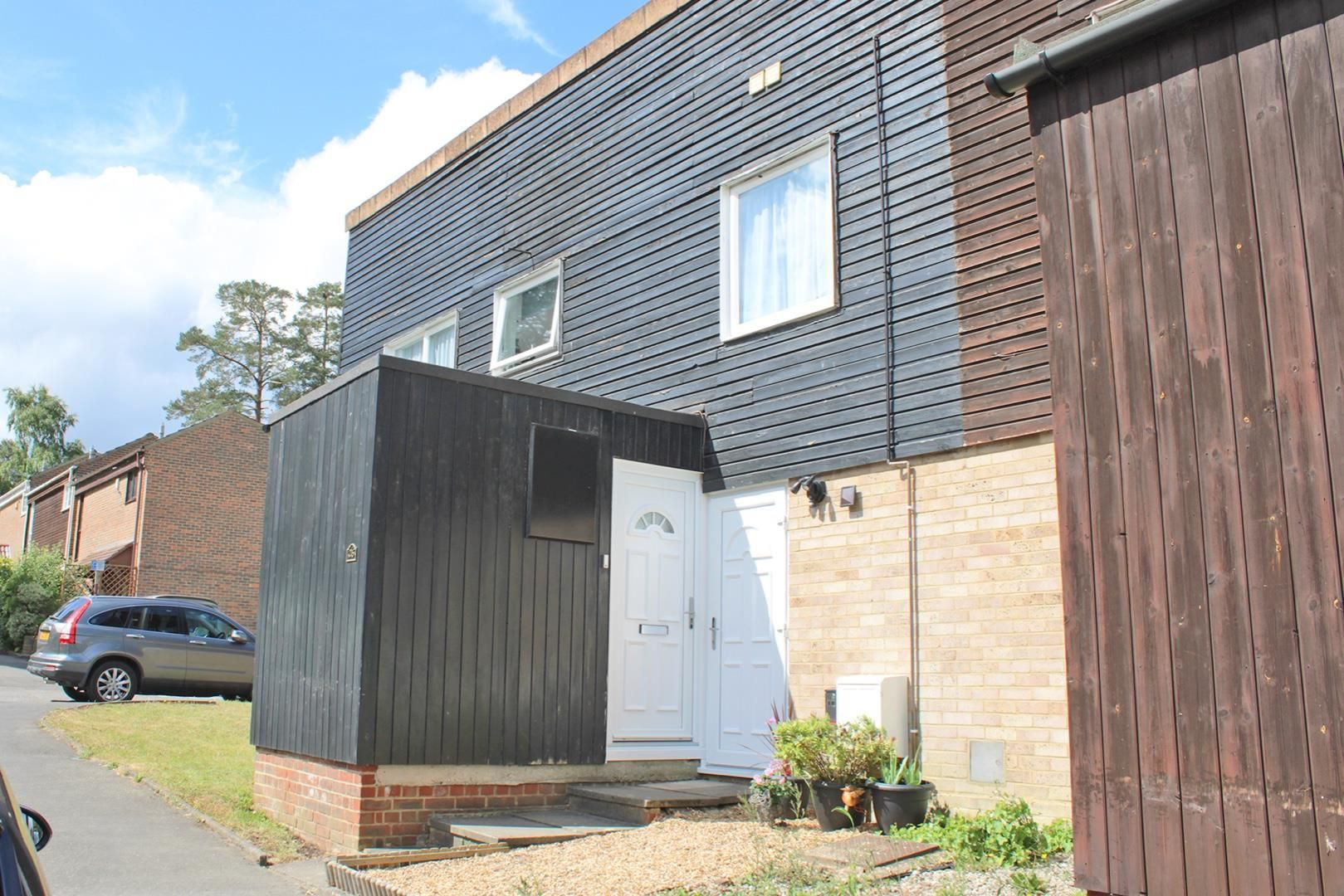 1 bed duplex for sale, RG12