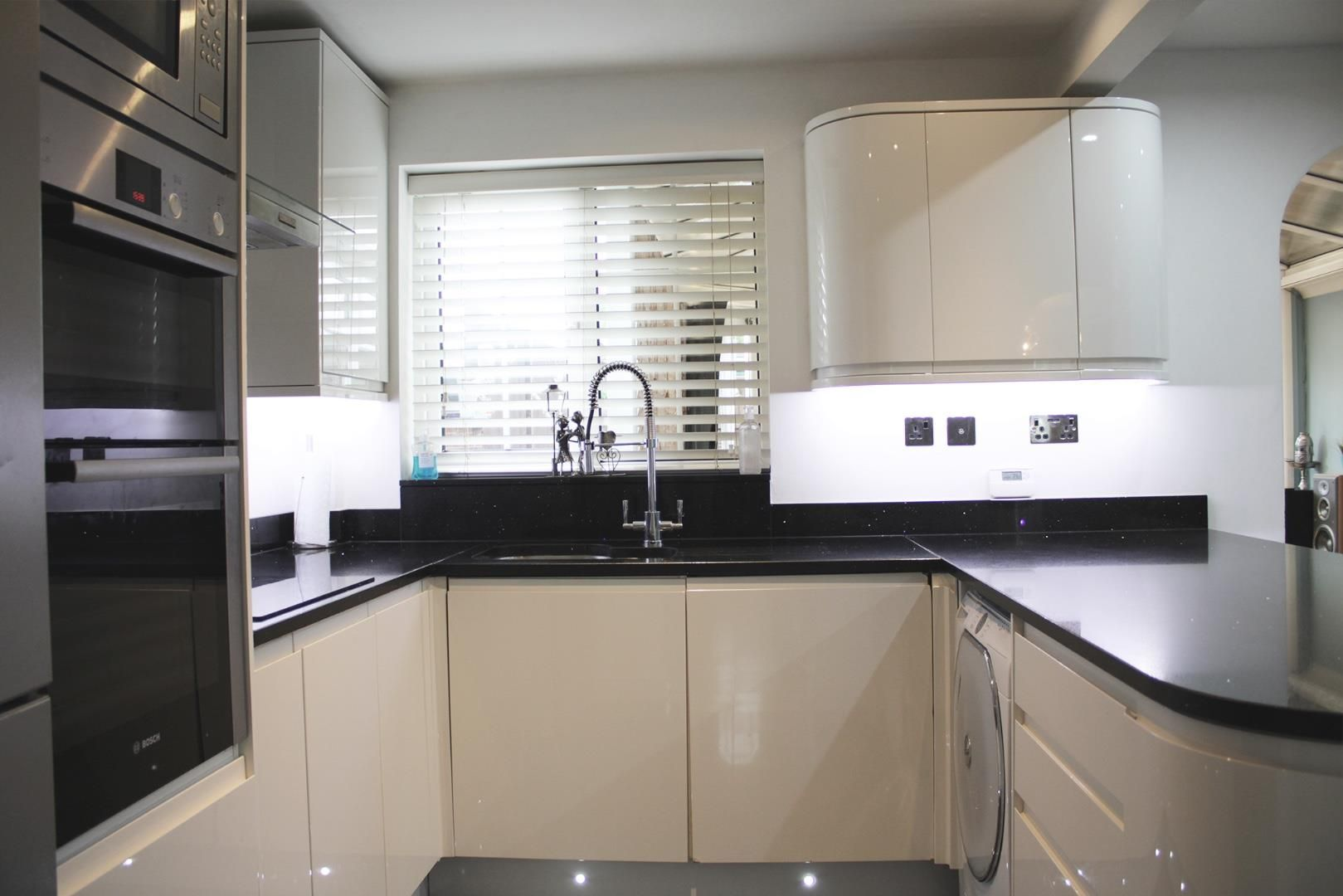 3 bed terraced for sale in Home Farm 7