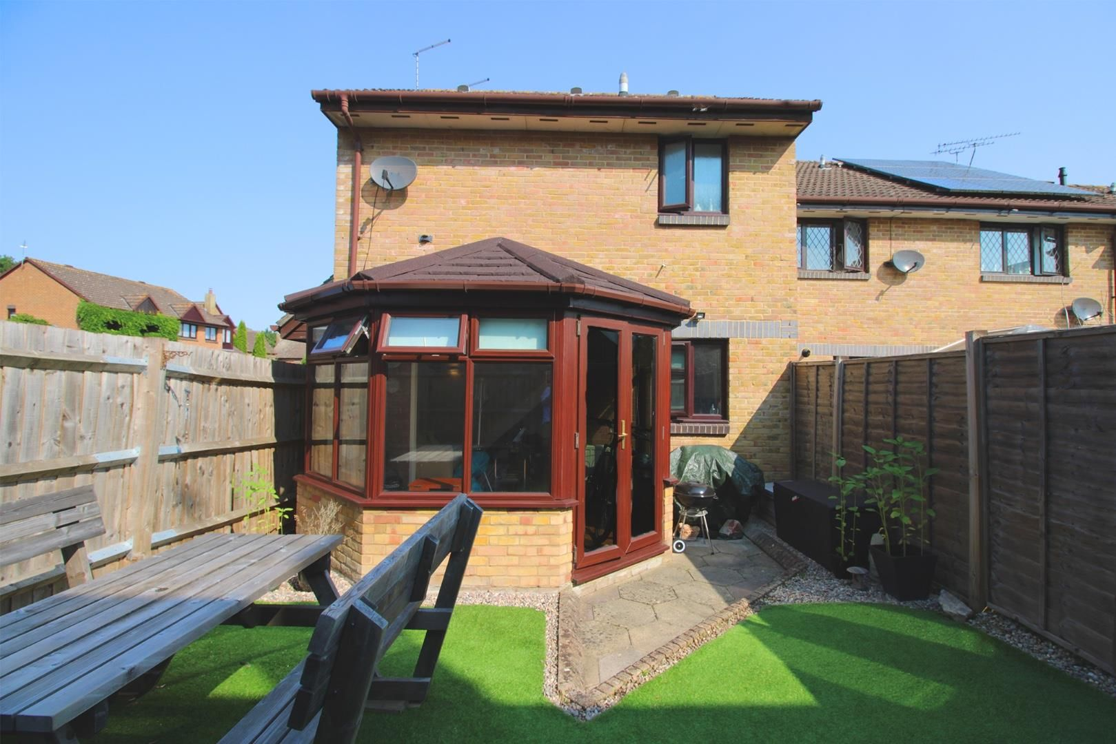 1 bed end of terrace for sale, RG40