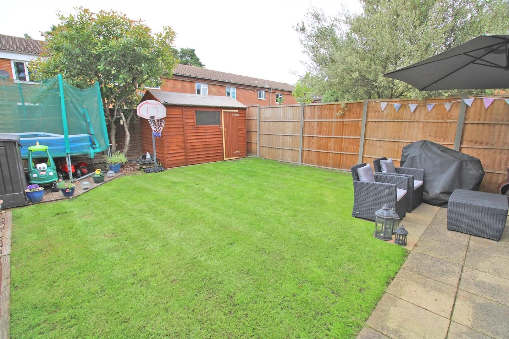 3 bed house for sale in Crown Wood 5