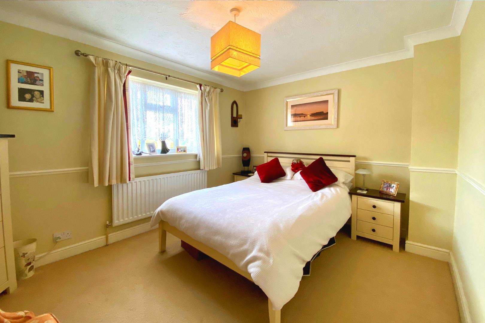 3 bed house for sale in Church Crookham  - Property Image 7