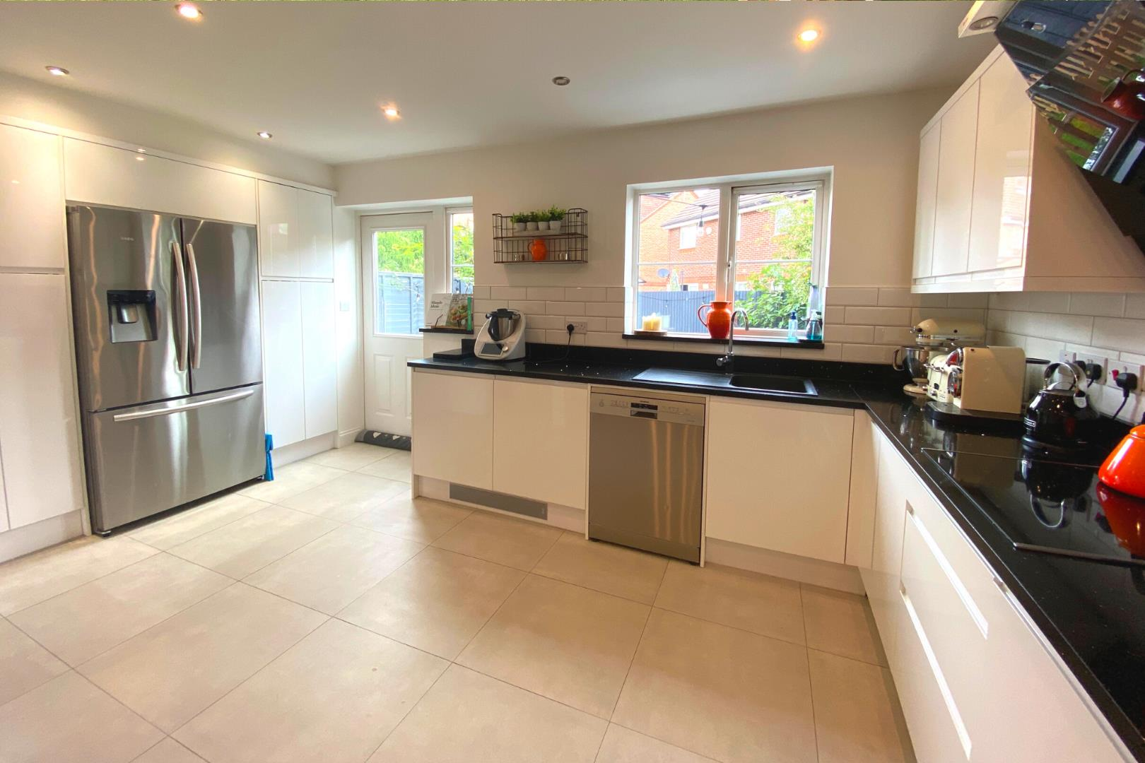 4 bed town house for sale 2
