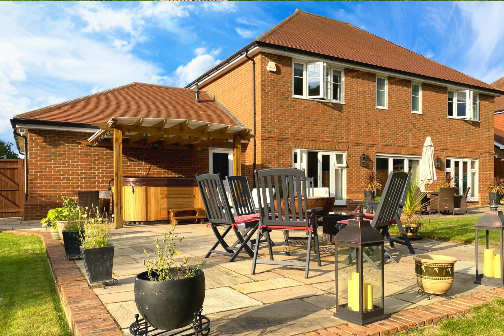 4 bed house for sale  - Property Image 23