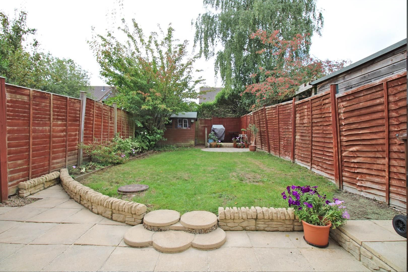 3 bed end of terrace for sale in Lower Earley 10