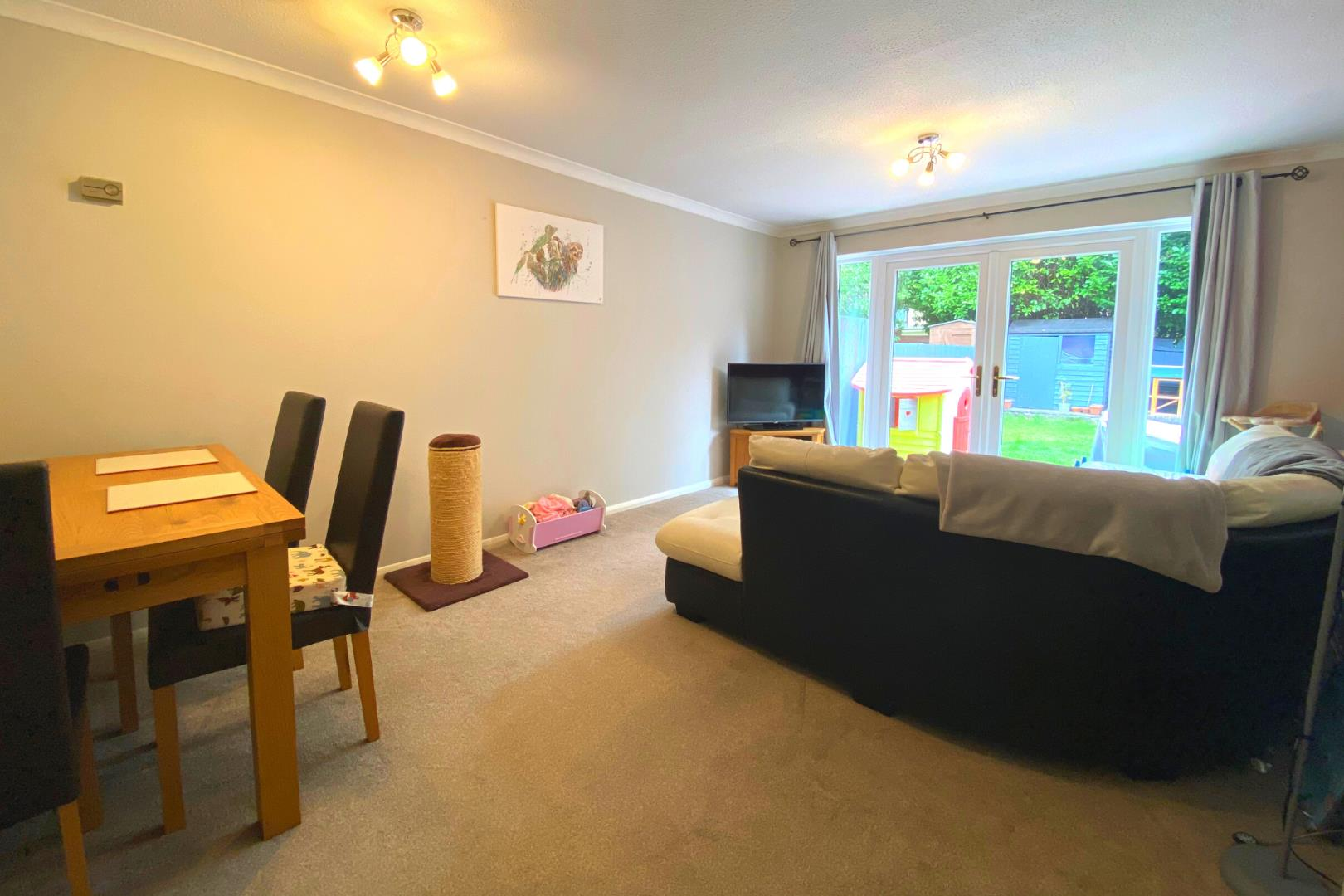 2 bed house for sale in Ash Vale 4