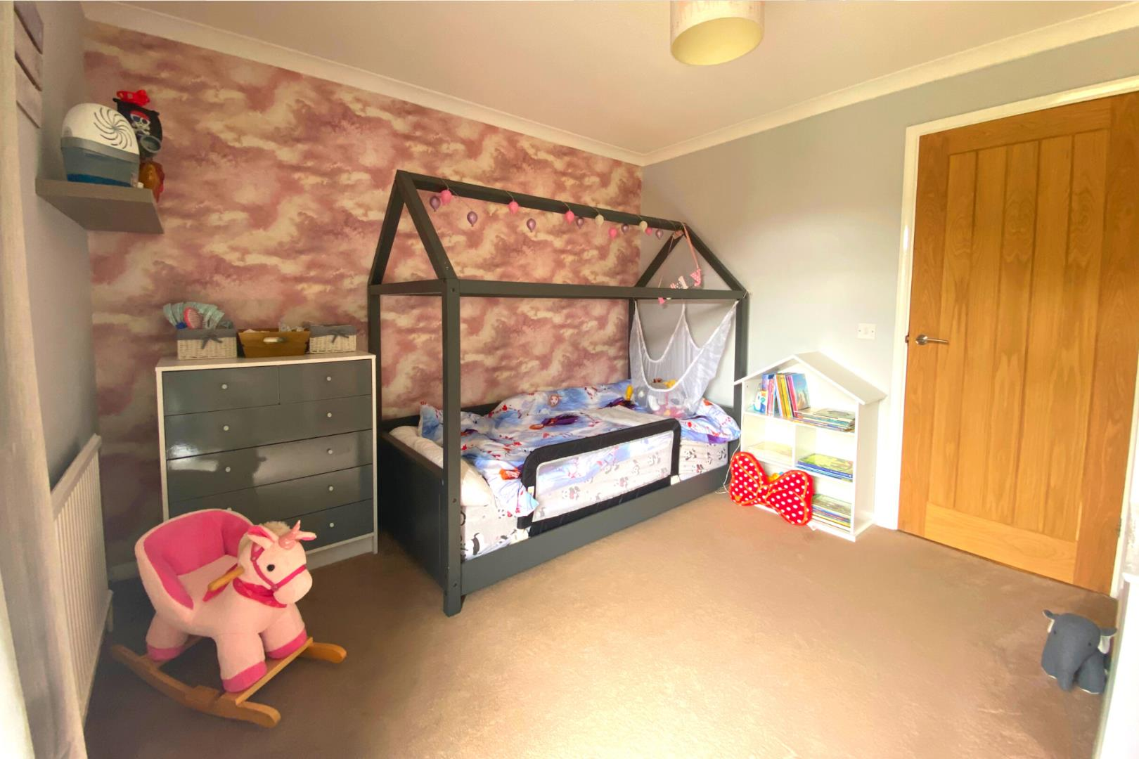 2 bed house for sale in Ash Vale 6