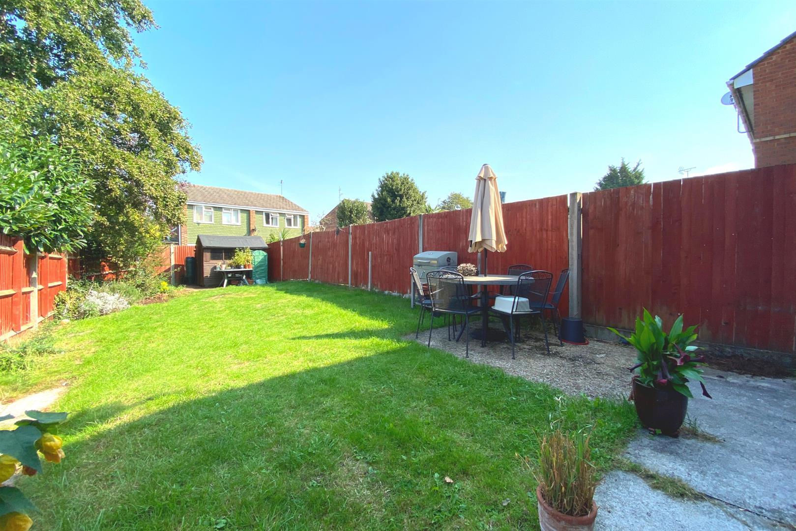 3 bed end of terrace for sale in Winnersh  - Property Image 4