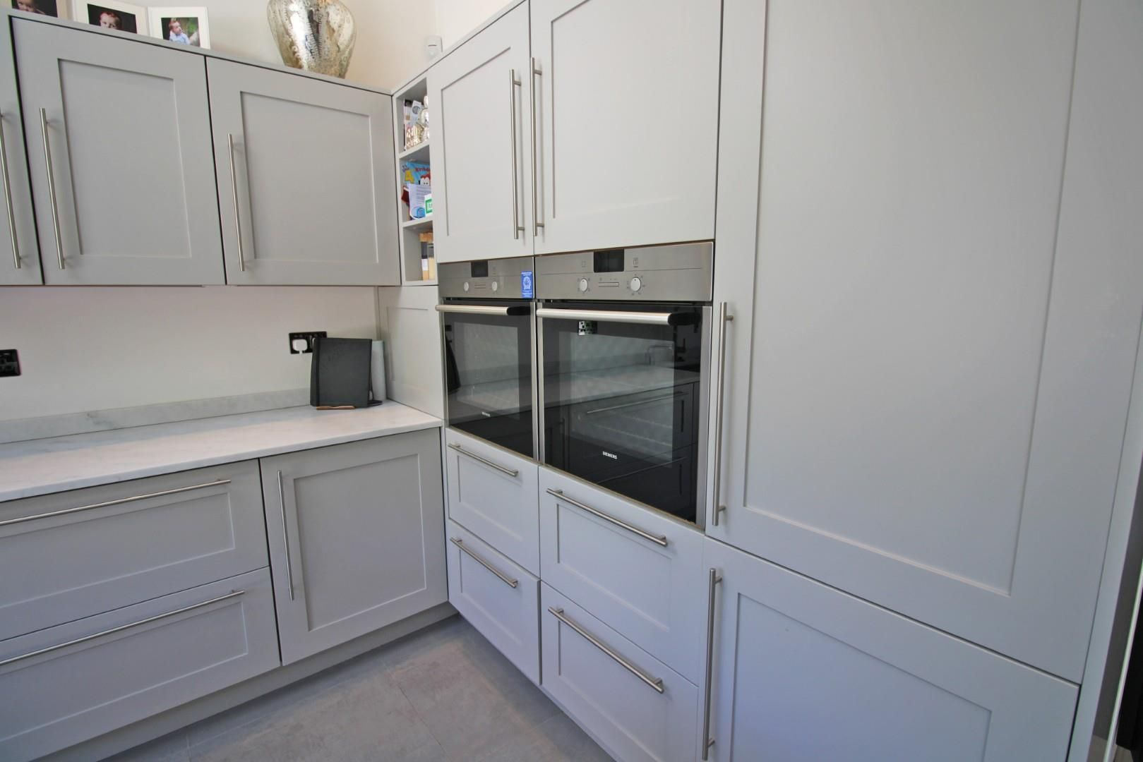 3 bed semi-detached to rent 7