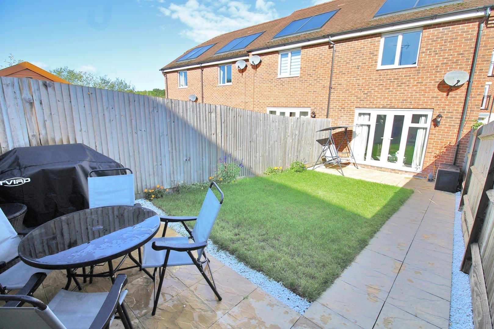 2 bed house for sale in Wykery Copse 2