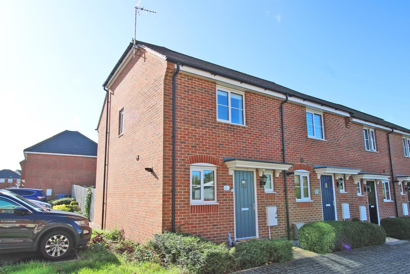 2 bed house for sale in Wykery Copse 10