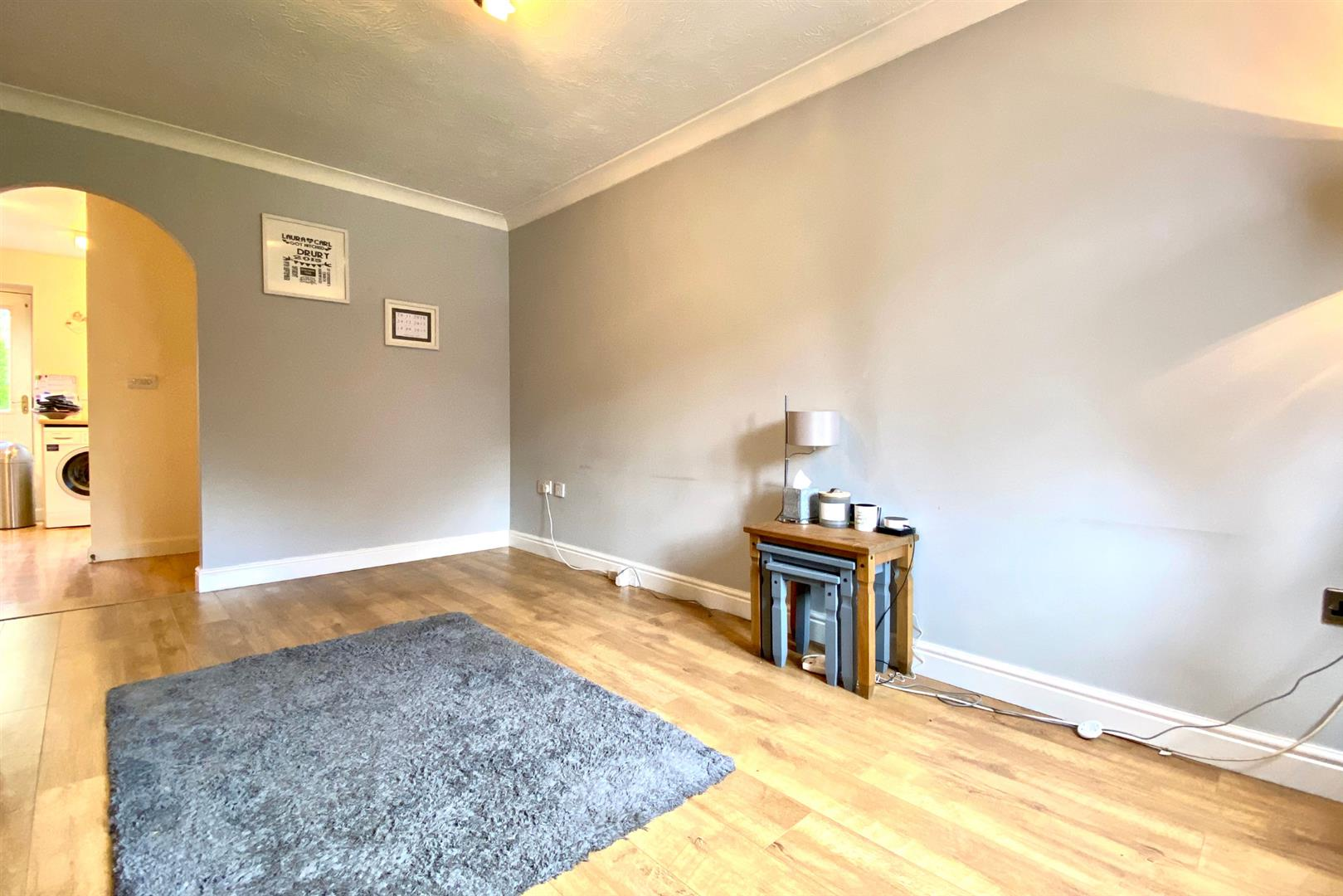 2 bed end of terrace for sale in Three Mile Cross 4