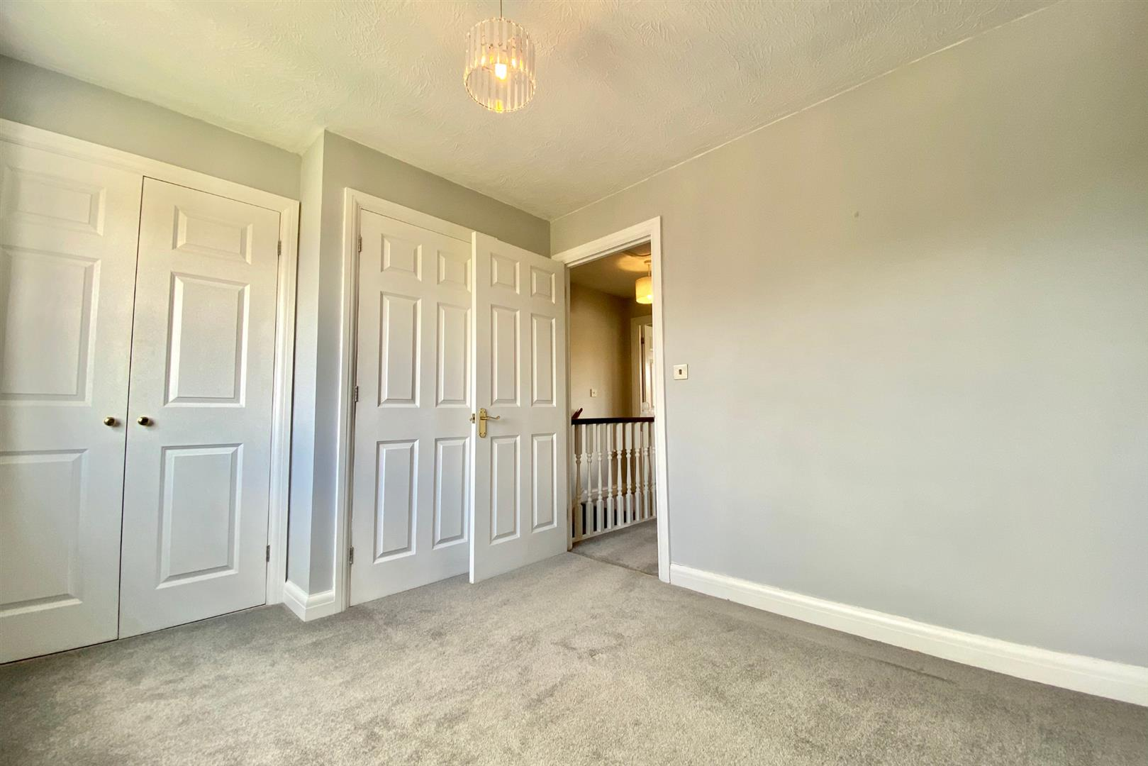 2 bed end of terrace for sale in Three Mile Cross 10
