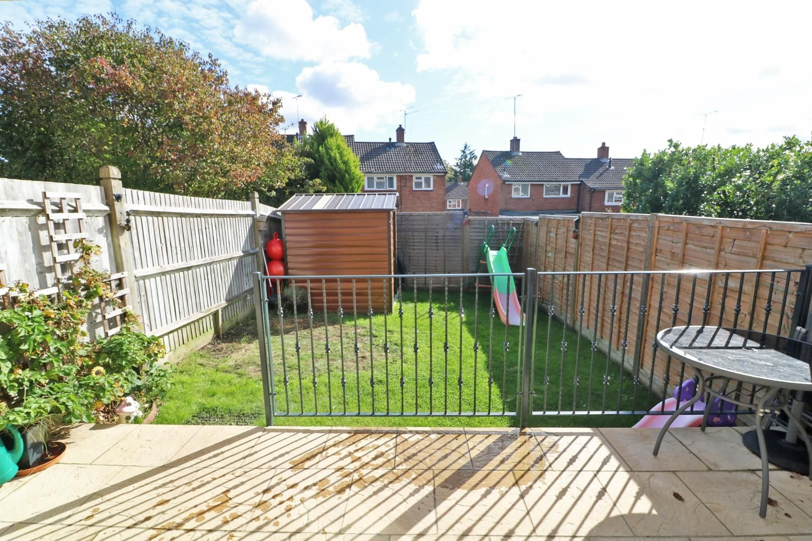 3 bed end of terrace for sale 3