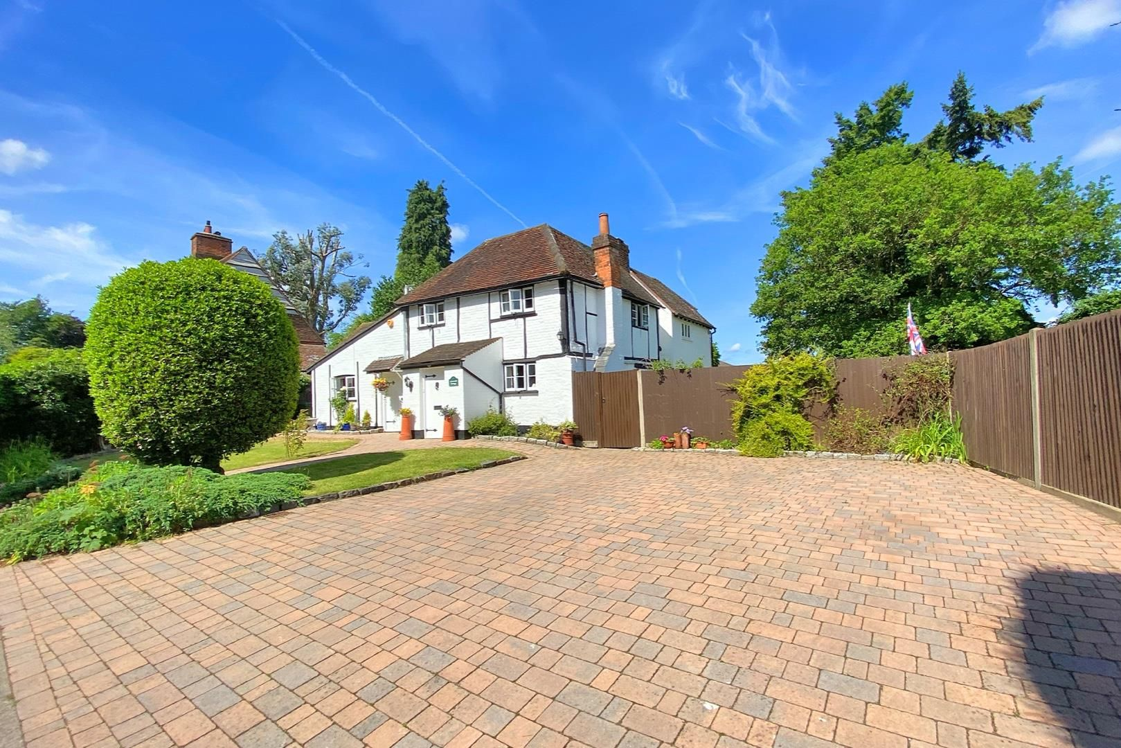 5 bed detached for sale 3