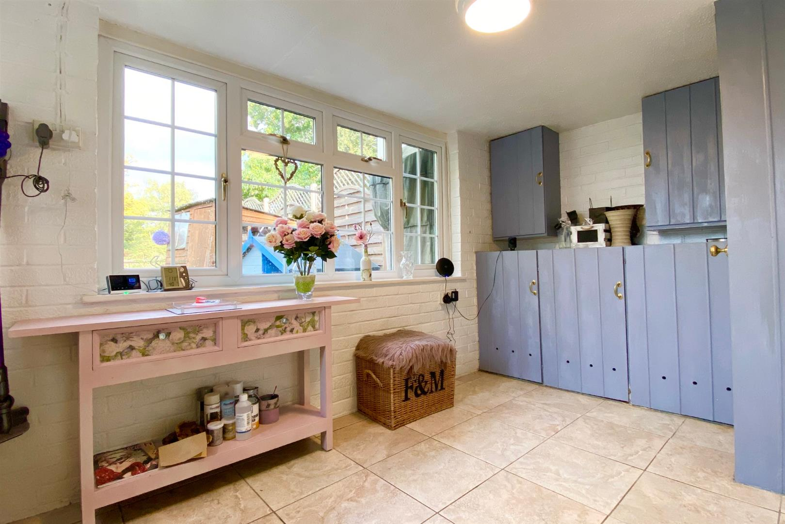 4 bed link detached house for sale in Finchampstead 11