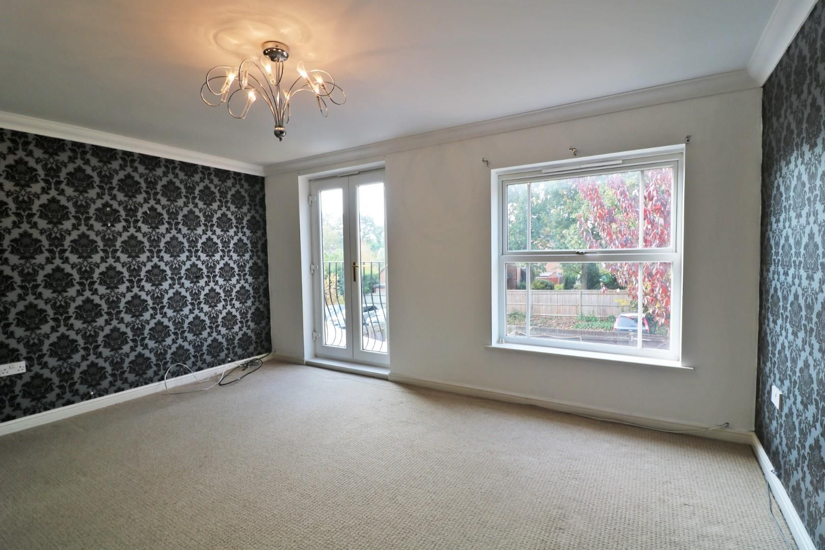4 bed town house for sale  - Property Image 5
