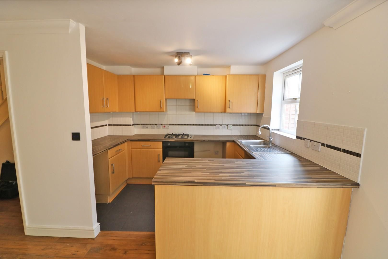 4 bed town house for sale 6