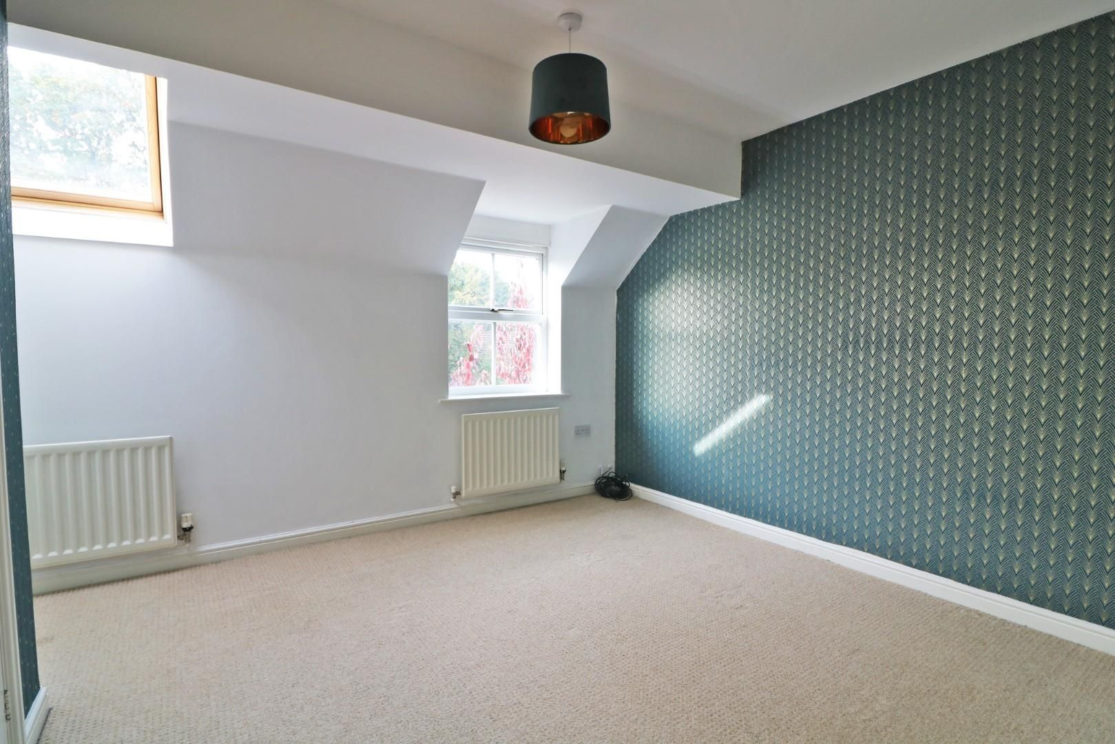 4 bed town house for sale  - Property Image 7
