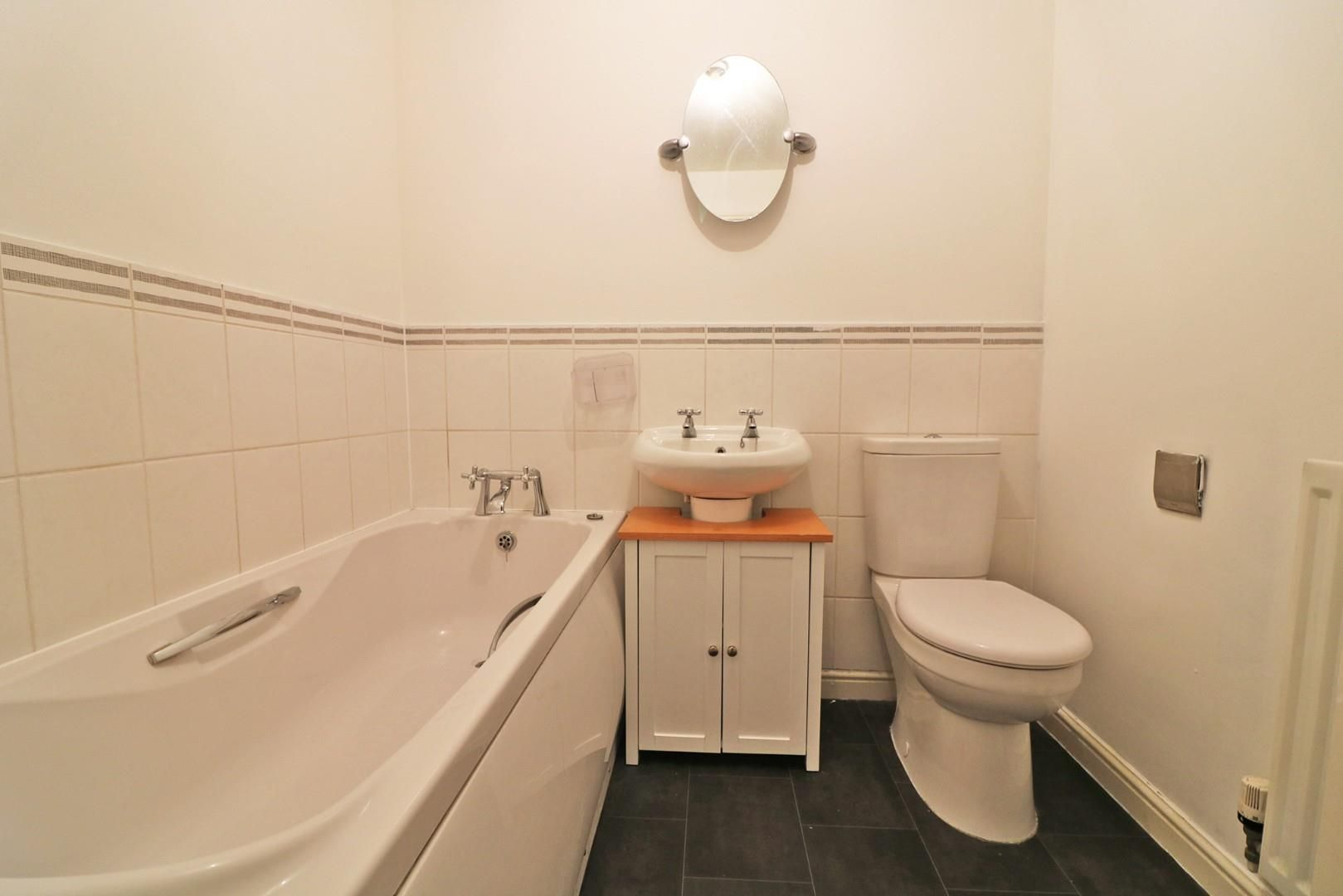 4 bed town house for sale  - Property Image 8